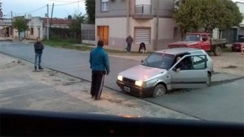 Un auto quedó