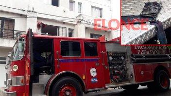 La batería de un celular provocó el incendio en un departamento de Paraná