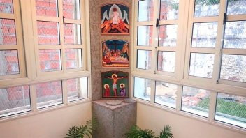 Aumentan pedidos para depositar cenizas en el cinerario de la capilla de Lourdes