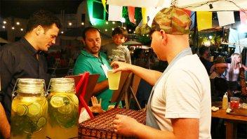 El FICER también tiene su patio gastronómico con 23 puestos de comida