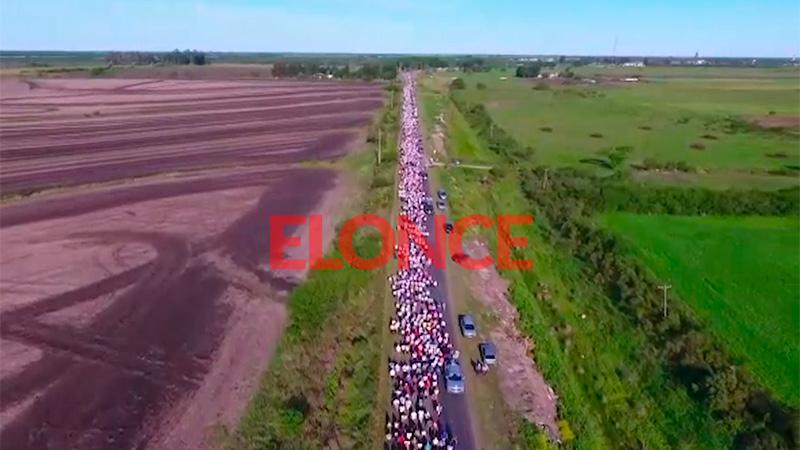 Video: Así se veía desde el drone el comienzo de Peregrinación de los Pueblos