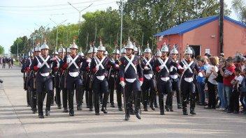 Imágenes: Maciá celebró sus 120 años con un desfile y fiesta popular