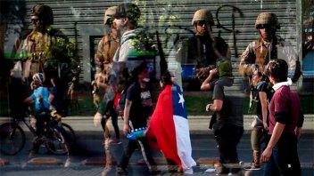 Chile: El Ejército convocó a reservistas para reforzar el estado de emergencia