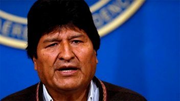Evo Morales renunció a la presidencia de Bolivia y denunció golpe de Estado