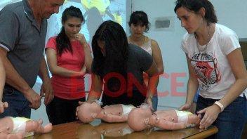 Deportistas se capacitaron en RCP y Primeros Auxilios