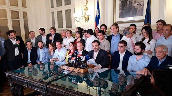 Histórico acuerdo en Chile entre los partidos para la reforma constitucional