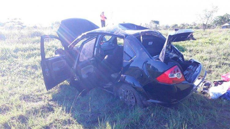 Un niño murió al salir despedido cuando volcó el auto en que viajaba