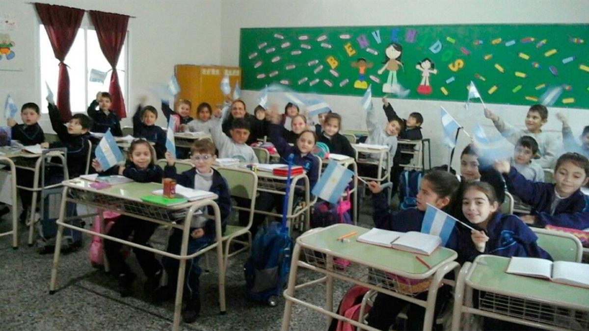 Alumnos de la escuela Del Luján.
