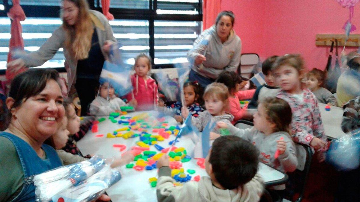 Escuela Ruiz Díaz.-