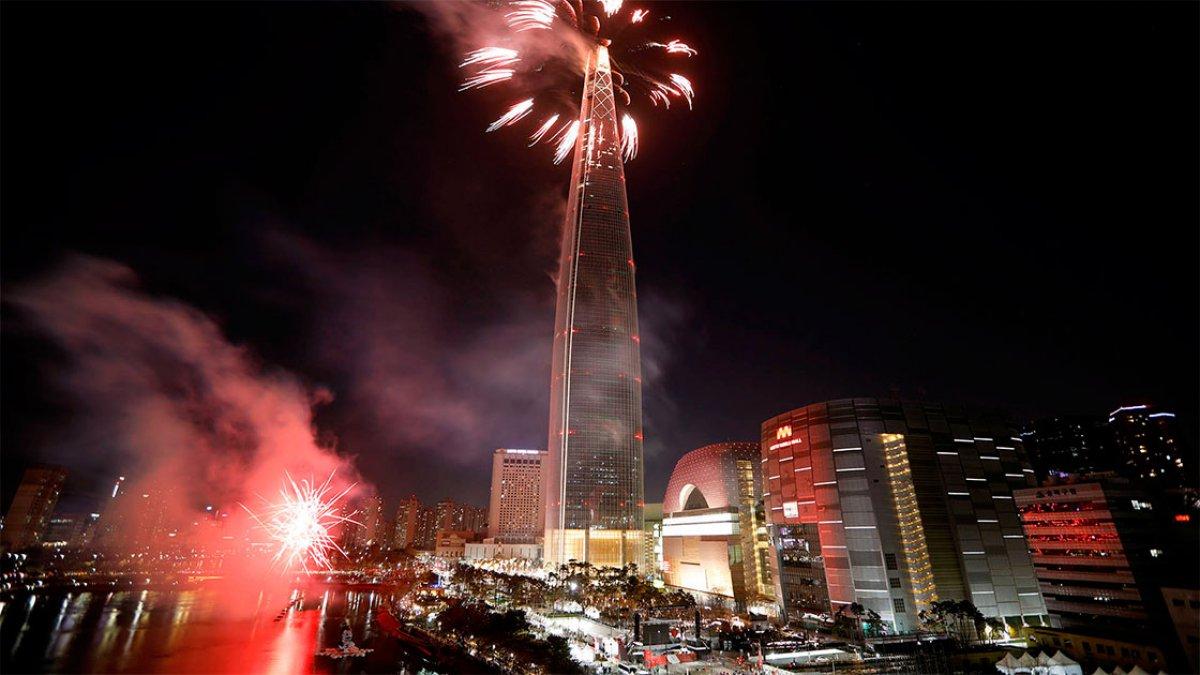 En Seúl, las miradas estuvieron puestas en el rascacielos de 123 pisos