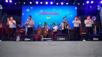 La Fiesta de la Primavera se vivió a pura música en la Costanera de Paraná