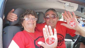 Ayudar hace Bien: Así se vive la jornada solidaria en la Sala Mayo