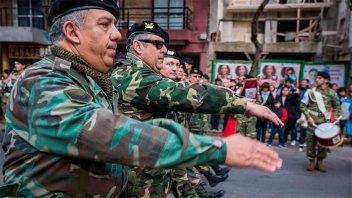 La Compañía de Reserva Paraná participó en el desfile por el 25 de Mayo