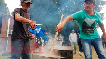 Las ollas populares que se instalaron en los barrios de Paraná