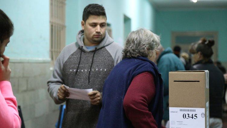 Postales de la jornada electoral en la capital entrerriana