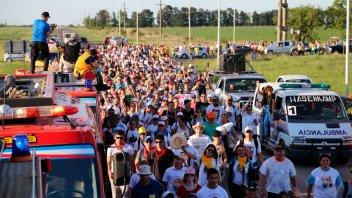 Más fotos de Peregrinación de los Pueblos: los fieles marchan con algarabía y fe