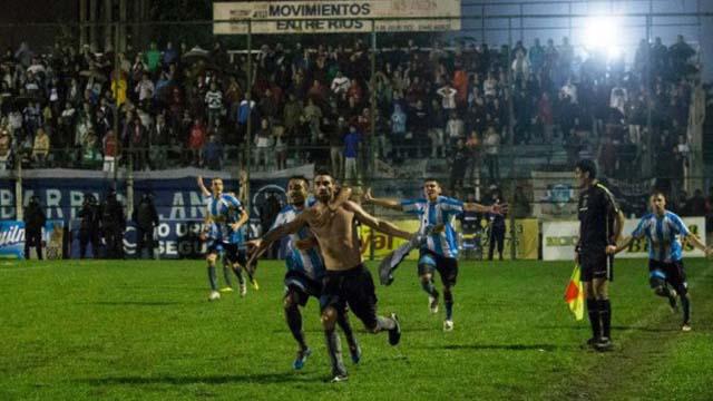 Juventud logró un paso histórico para el fútbol de la provincia. (Foto: El Día)