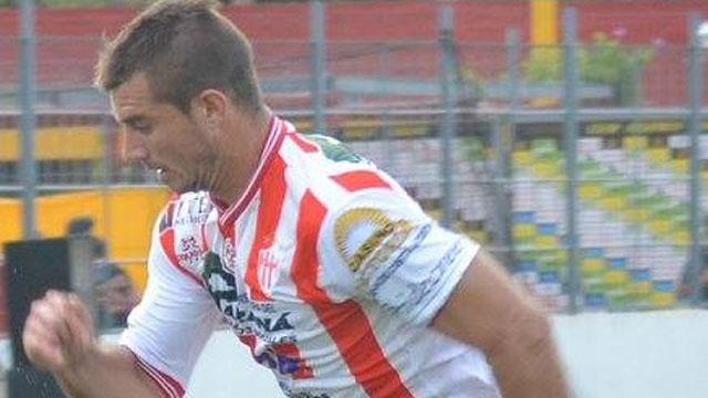 Ricardo Stechina regresa al Decano.