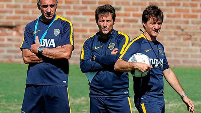 Guille probará un tridente ofensivo con Pavón, Tevez y Chávez.