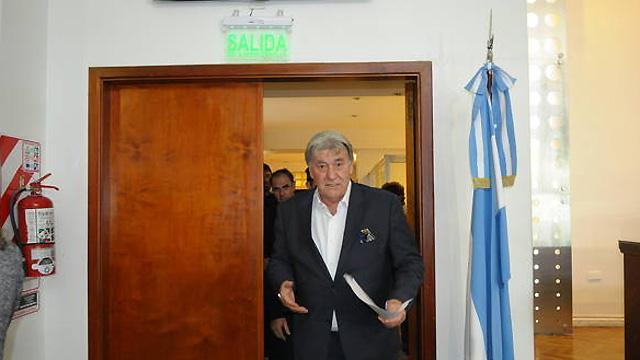 """""""Muchos jugadores que hablaban con dirigentes y políticos"""", contó Pérez."""