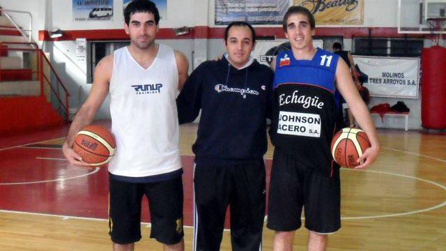 ARCHIVO 2012: Juan Palacios (Luciano)  y Sebastián Teileche (La Unión).