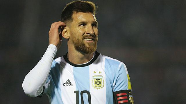 La única vez que Messi estuvo en la Bombonera fue en 2005.