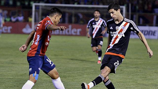 River-Jorge Wilstermann: cambió el árbitro de la revancha por la lesión del chileno Tobar