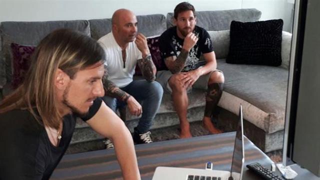 Lionel Messi recibió a Jorge Sampaoli en España