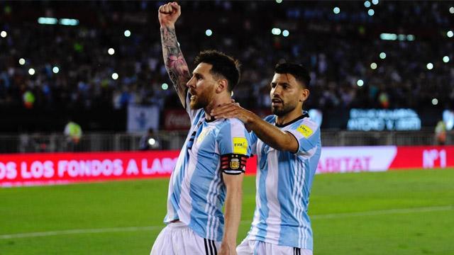 Los argentinos fueron elegidos para pelear por el balón de oro.