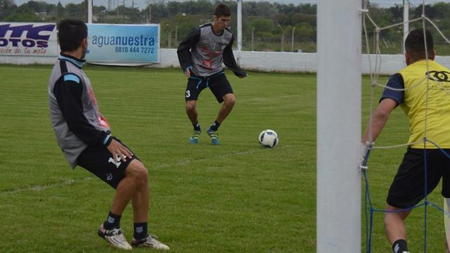 El Mondonguero entrena y piensa en Villa Elisa.
