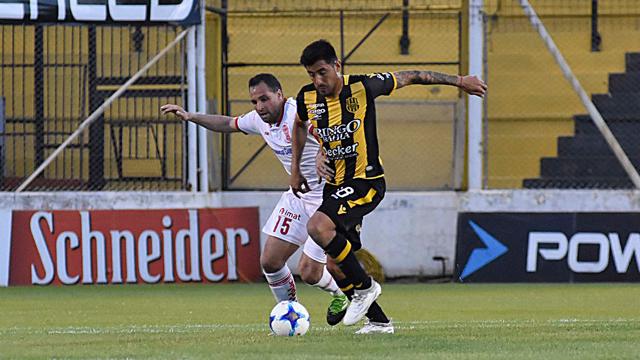 Superliga: Huracán le ganó a Olimpo como visitante y se acomodó en la tabla