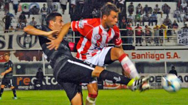 Atlético Paraná recibe al puntero Central Córdoba.