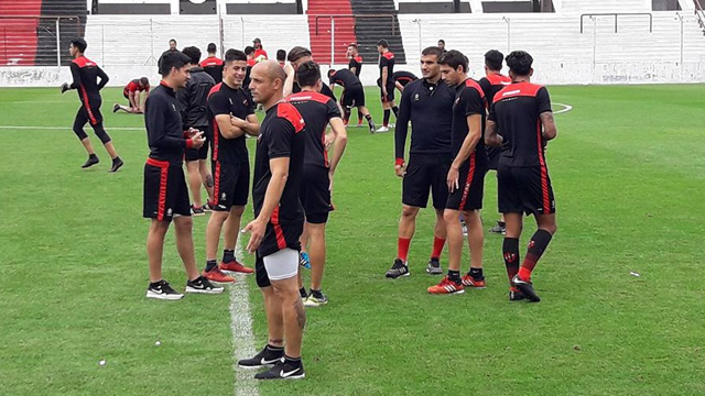 El Rojinegro piensa en la reanudación de la Superliga.