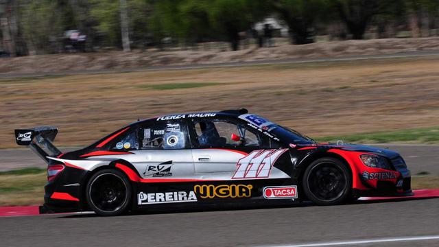 Silva logró la victoria en la final del Top Race.
