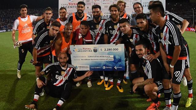 River defenderá el título ante el Decano tucumano. (Foto: www.tycsports.com.ar)