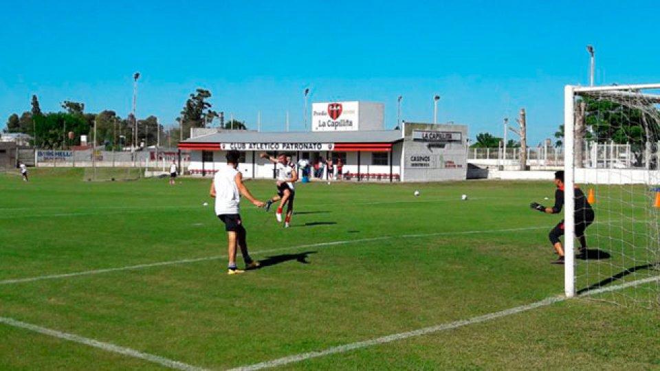Pumpido comenzó el trabajo con un selectivo del club.
