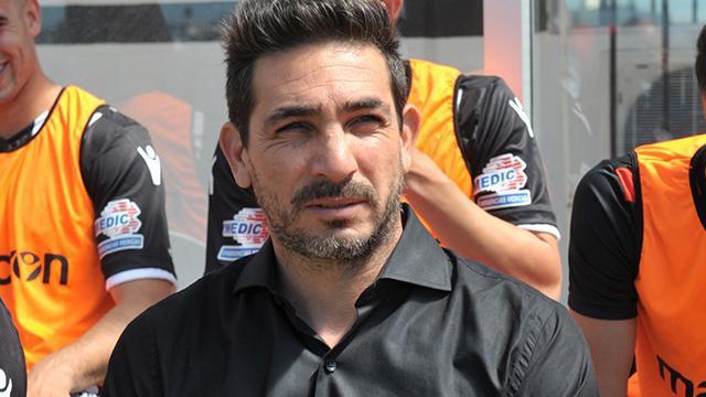 Coyete fue separado de su cargo tras la derrota ante Atético Tucumán.