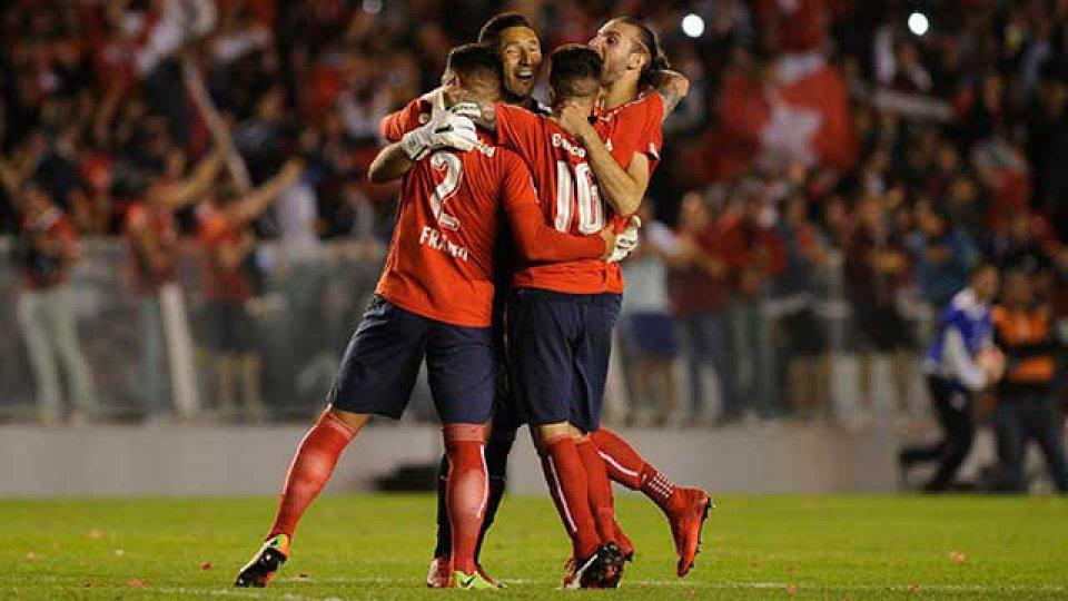 Independiente arranca el año frente a Gimnasia.
