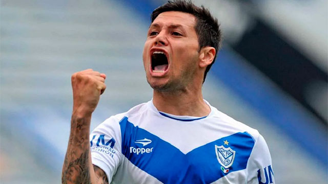 Vélez expulsó como socio a Mauro Zárate.