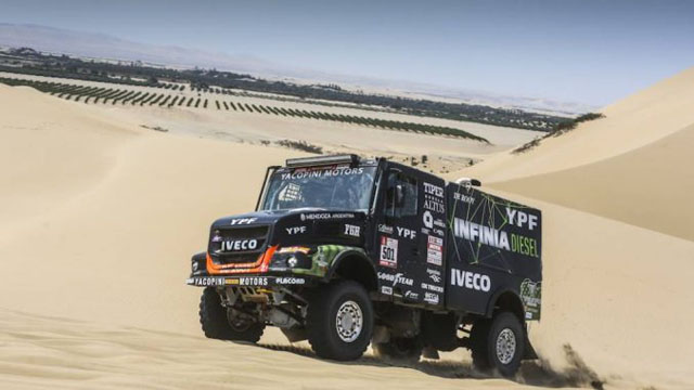 El camión de Villagra, Yacopini y Torlaschi ganó la 3° etapa.