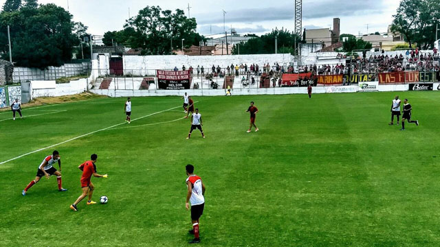 Atlético Paraná jugos dos amistosos ante Colón. (Foto Twitter Colón)