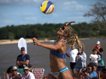 Beach Volley: Los entrerrianos Gallay y Azzad arrancaron arriba en Brasil