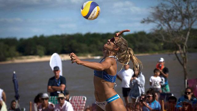 Beach Volley: Los entrerrianos Gallay y Azzad arrancaron arriba en Brasil