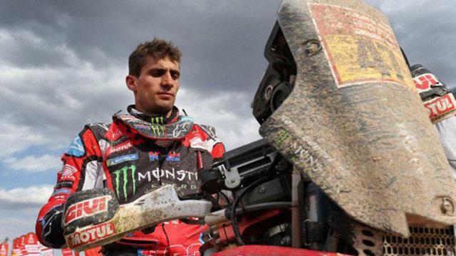 Benavides cerró el Dakar ganando la etapa en Motos.