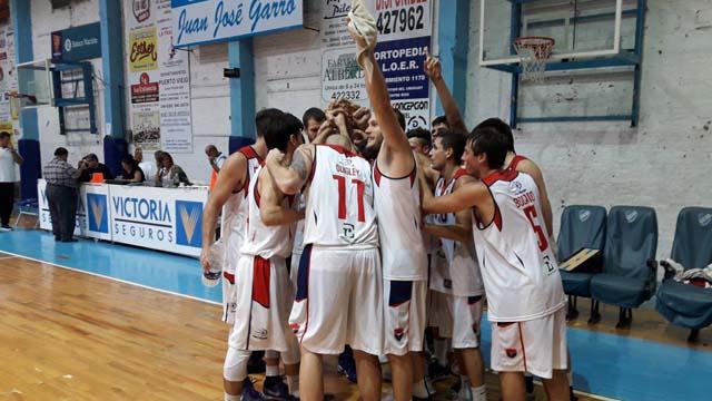 Olimpia venció a Regatas en Concepción del Uruguay. (Twitter Olimpia)
