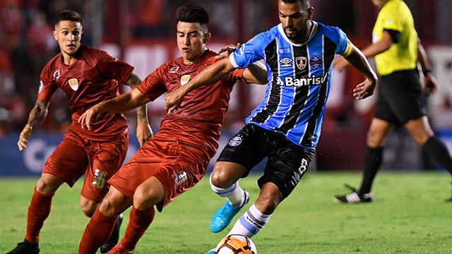 Independiente empató con Gremio la ida de la Recopa Sudamericana.