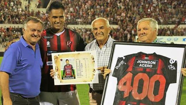 El Negro Andrade es uno de los jugadores con más presencias en el Patrón.
