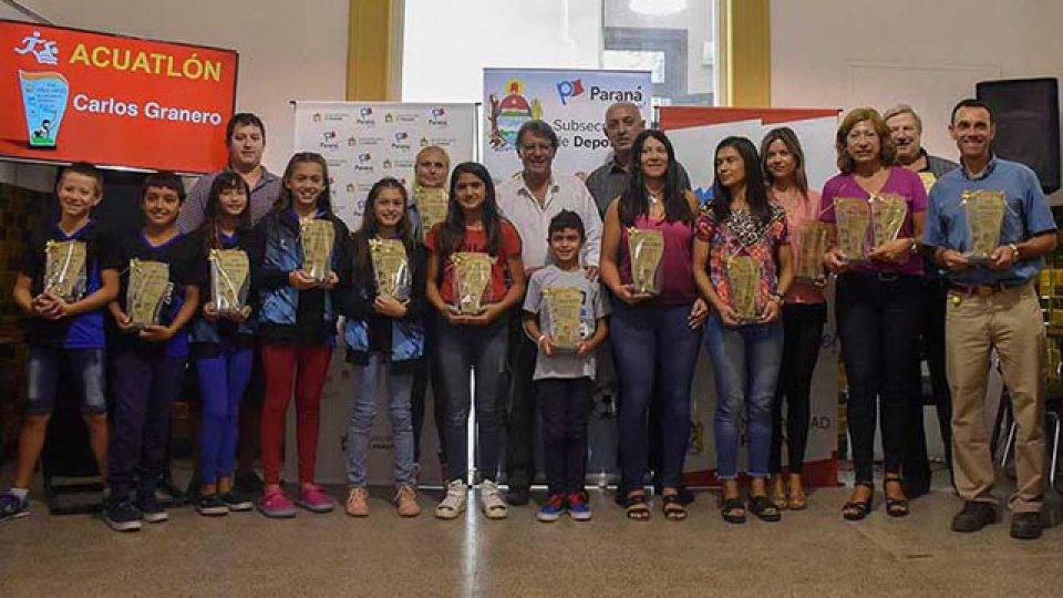 Lois atletas locales obtuvieron su reconocimiento con el Premio Aníbal Sánchez.