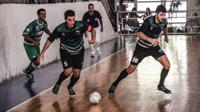 Se disputa la segunda jornada del futsal paranaense.