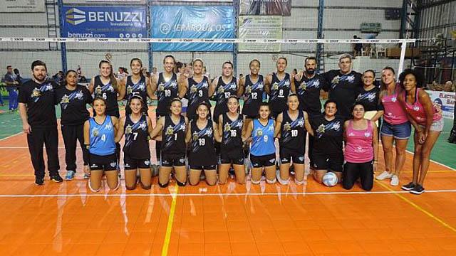 Villa Dora ganó y quedó primero en su grupo.